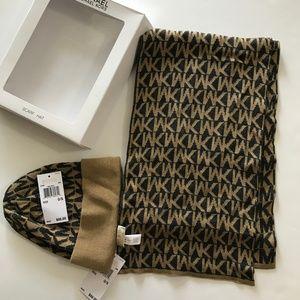 Michael Kors hat and scarf set NIP